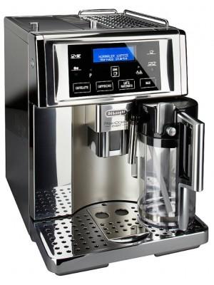 Кофеварка Delonghi ESAM 6750